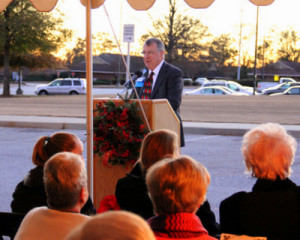 Photos from 2013 Tree Lighting Ceremony